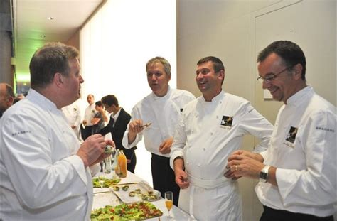 offre d emploi second de cuisine offre d 39 emploi le maximilen recrute un second de cuisine