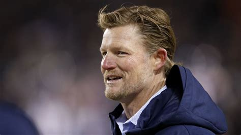 rams general manager les snead     prize