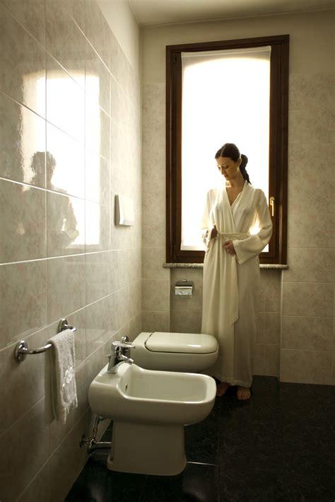 european style bathroom usa today