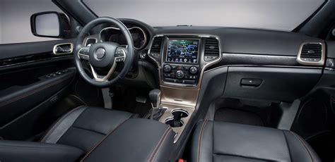 jeep grand cherokee laredo interior