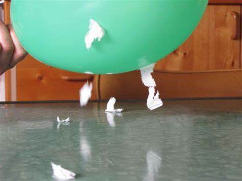 balloon act   magnet  static electricity