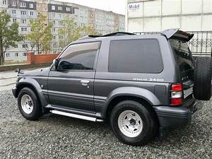 Used 1996 Mitsubishi Pajero Photos  2400cc   Automatic For