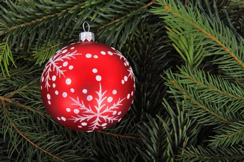 balled christmas tree 20 great or bauble themed free wallpaper or background images www