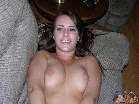 Nude Brunette Amateur Coed Rosalee Shows You Her Pussy At