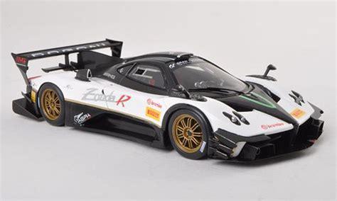 Pagani Zonda R Evo White/carbon 2012 Spark Diecast Model
