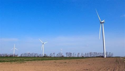 Michigan's Largest Wind Farm Welcome Revenue Generator In Gratiot County, Leaders Say