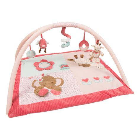 tapis d eveil avec boudin tapis avec arches de nattou tapis d 233 veil aubert