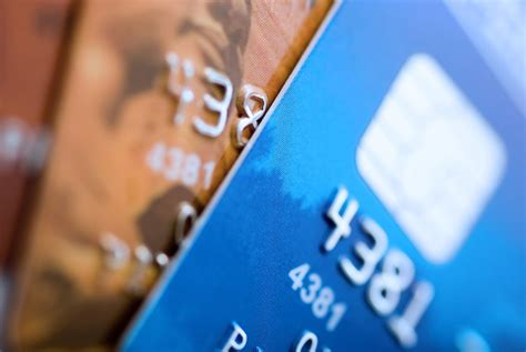 Adults with a credit card carry an average debt of over $4,600. Interest on credit-card debt tops $100 billion - News - The Columbus Dispatch - Columbus, OH