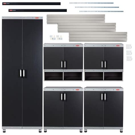 rubbermaid vs fast track select a closet solution
