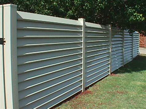 louvered fence plans diy   small spice rack
