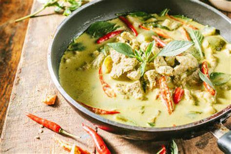recette poulet au curry vert thaï