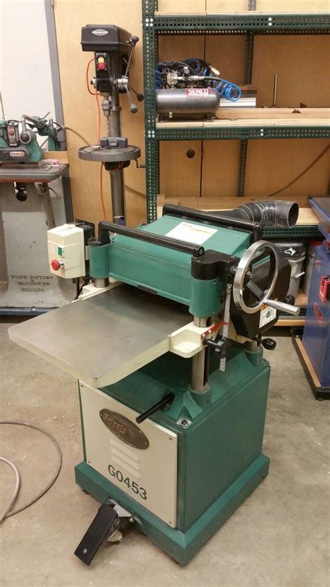 grizzly planer  spiral cutter head woodworking