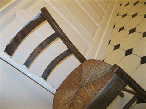 customiser chaise en paille chaise patinée il était 3 fois rien