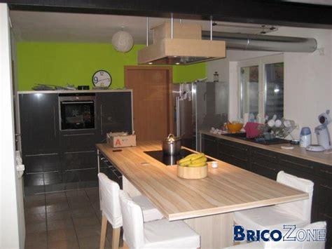 monteur de cuisine table haute ou basse