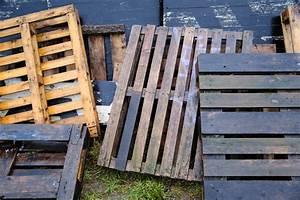 Möbel Aus Paletten Selber Bauen : stehtisch aus paletten selber bauen so geht 39 s ~ Articles-book.com Haus und Dekorationen