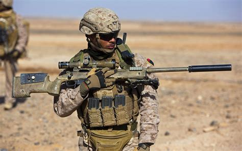 10 Favorite Weapons Of The Special Operations Soldier