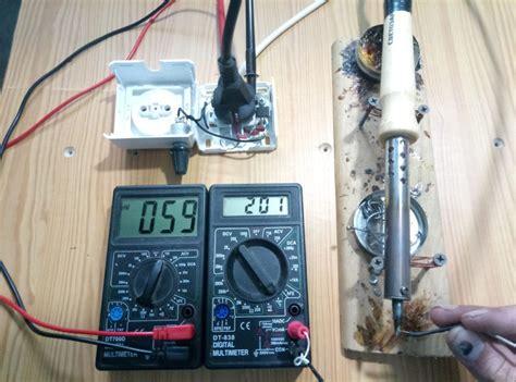 Сила тока в сети как узнать сколько ампер в квартире и какой ток в розетке – переменный или постоянный?