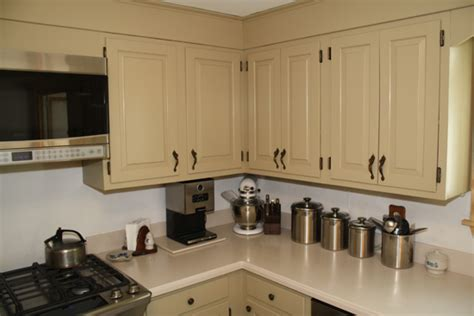 Rustoleum Kitchen Transformations Before And After by Rust Oleum Cabinet Transformations Review Before And After