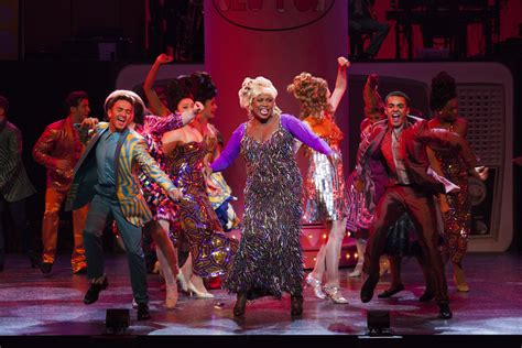 hairspray  musical uk  official site