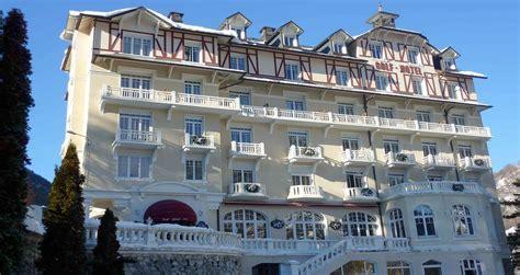 rental brides les bains golf hotel in savoie hotel 3 valleys ski area