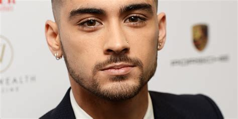 Zayn Malik Posts First Twitter Message Since Quitting One