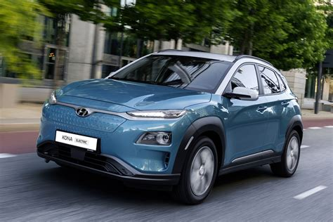 *price of $44,999 available on 2021 kona electric essential. Nieuws: Hyundai Kona Electric 39 kWH nu te bestellen ...