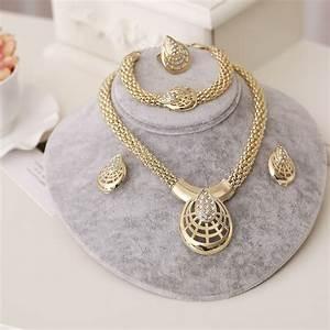 accessoire mariage avec parure en or luxe bijoux en perles With parure en or prix