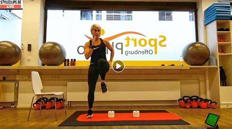 Offenburg Training über den Bildschirm Fitness, Yoga ...