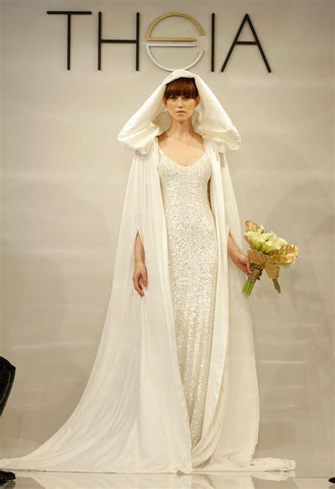 mind blowing bridal capes  winter   weddingelation
