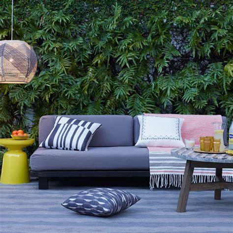 West Elm Tillary Sofa Outdoor by How To Avoid 10 Common Outdoor Decorating Mistakes