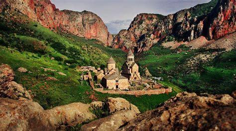 noravank iarmenia armenian history holidays sights