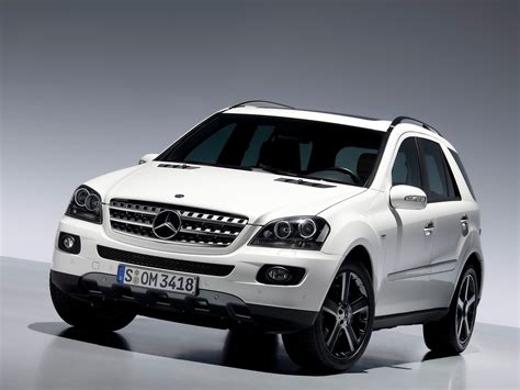 The ml320 cdi is notably frugal as well as luxurious, while the ml550 adds more luxury and power, and the ml63 amg leads the pack in exclusivity. 2008 Mercedes-Benz M-Class - Pictures - CarGurus