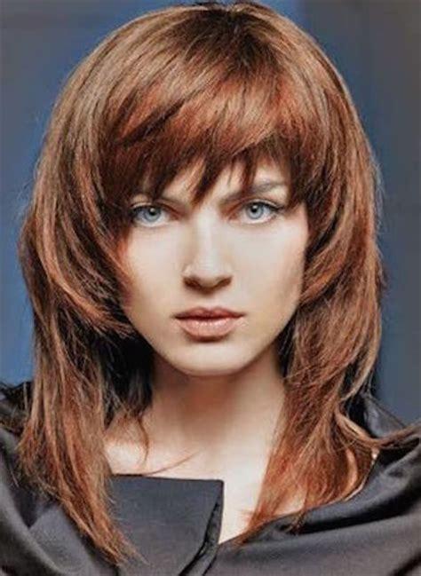 peinados  rejuvenecen mujer chic