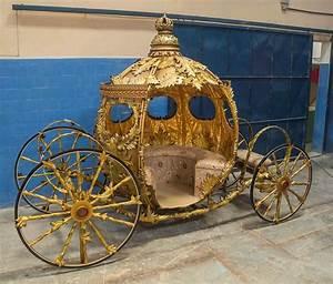 Carruagem da Cinderella - Atelier Casa do Trem