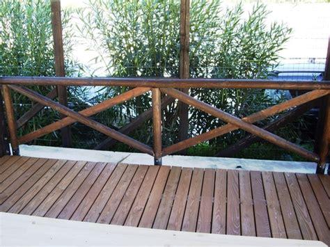 ringhiera in legno per esterno pavimento in legno per esterno di larice segesta fraz