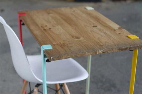 le de bureau sur pied 39 idées déco de tréteaux pour créer une table ou un bureau