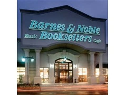 barnes and noble club sweet paul is now at 22 barnes noble stores across the