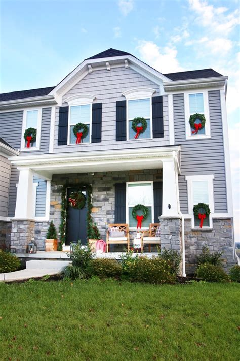 hang christmas wreaths  exterior windows abby
