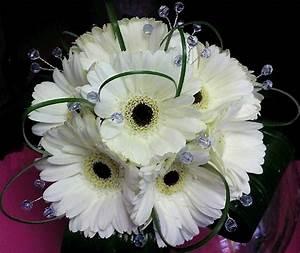 white / black gerbera bouquet   Wedding Flowers ...