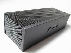 First Look: Jawbone Jambox (video) (update)