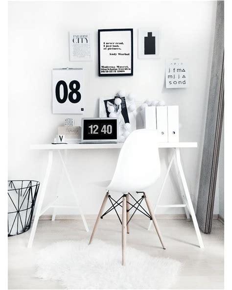 1000  ideas about Minimalist Office on Pinterest   Office