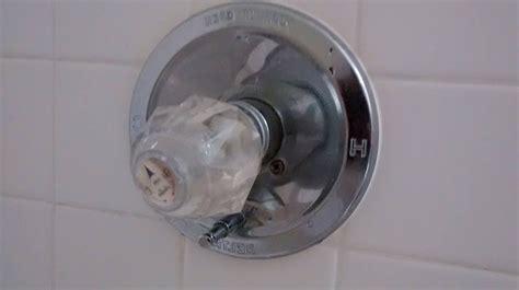 delta kitchen faucet leak repair peerless kitchen faucet repair kenangorgun com