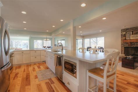 grand rapids  ranch remodel transitional kitchen