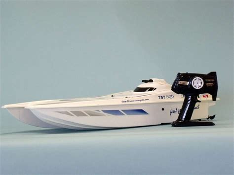 Rc Boats Model Speed by Buy Ready To Run Remote Admiral Model Speed Boat