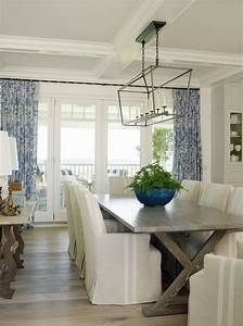 Latest coastal living showhouse home bunch interior for Coastal living lighting