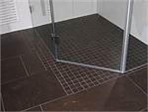 Dusche Bodengleich Fliesen : materialien f r ausbauarbeiten bodengleiche dusche fliesen oder duschwanne ~ Markanthonyermac.com Haus und Dekorationen
