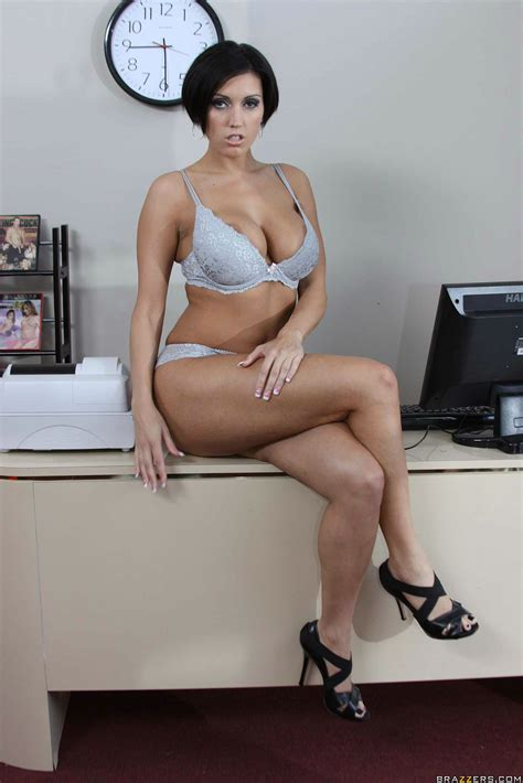 Aesthetic Milf Dylan Ryder Posing In Her Office And