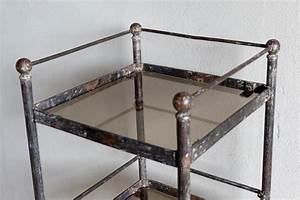Petite Etagere Metal : petites etageres originales id e inspirante ~ Teatrodelosmanantiales.com Idées de Décoration