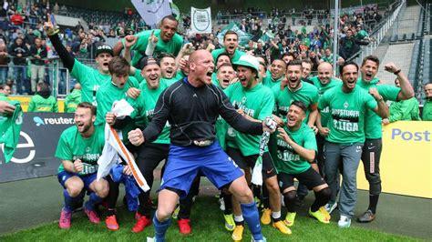 Werder bremen bastelt mit trainer markus anfang am wiederaufstieg. Werder Bremen Wita: 31. Mai 2015: Werders U23 steigt in Dritte Liga auf   Wita