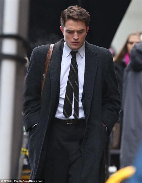 Robert Pattinson transforms style for Dennis Stock Life ...